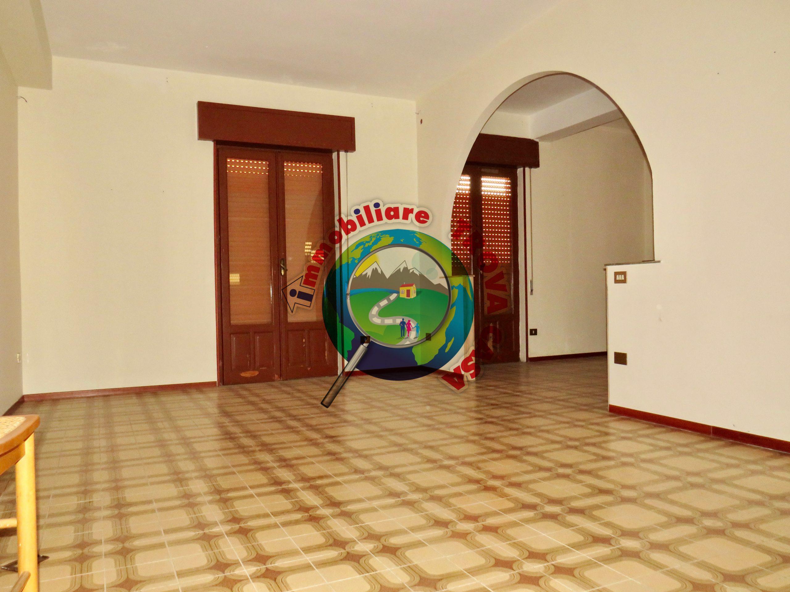 Casa indipendente a Partinico, Via Di Benedetto