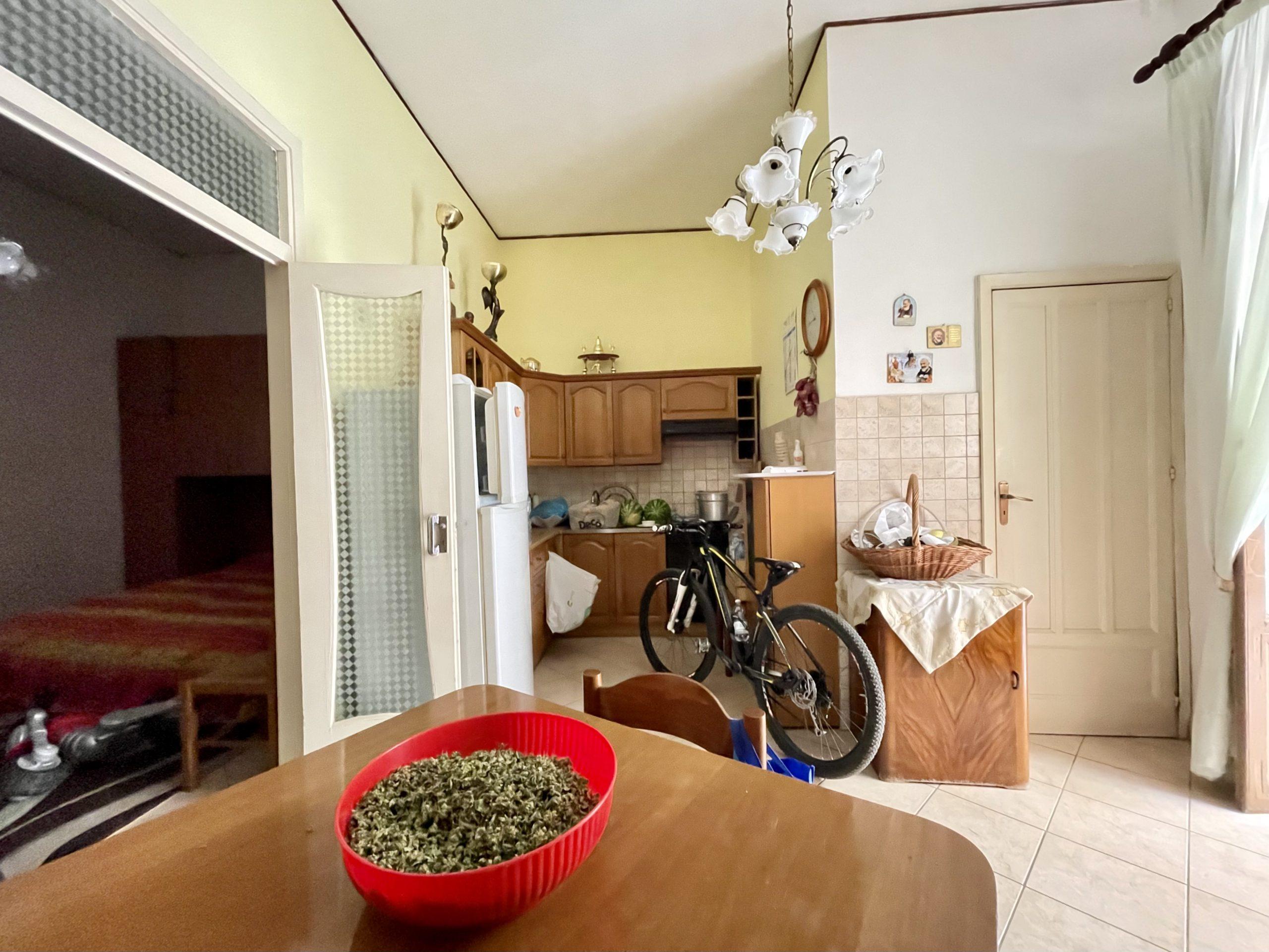 Casa indipendente a Partinico, Via Ricciardi