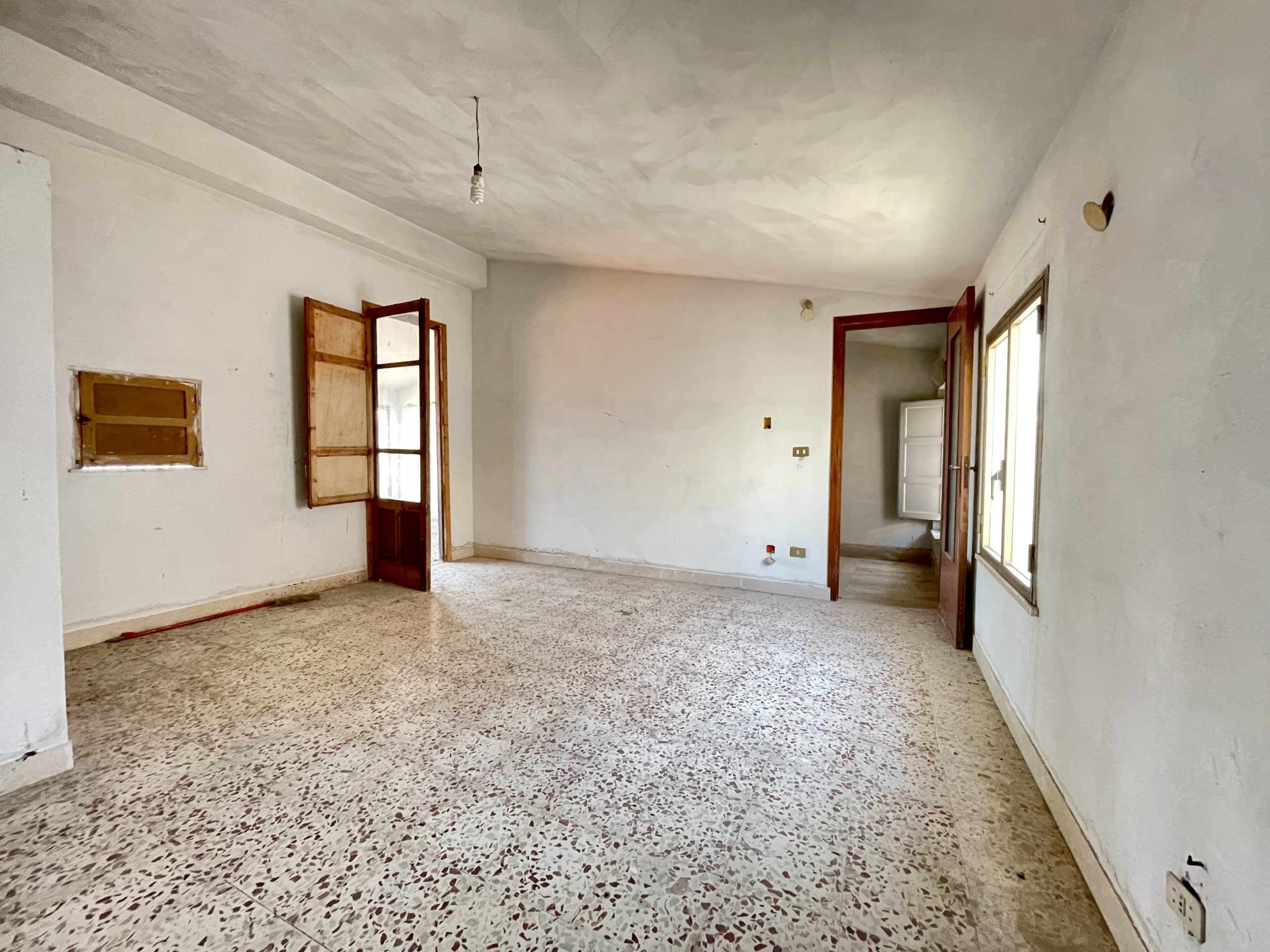 Casa indipendente a Camporeale, Via Milazzo