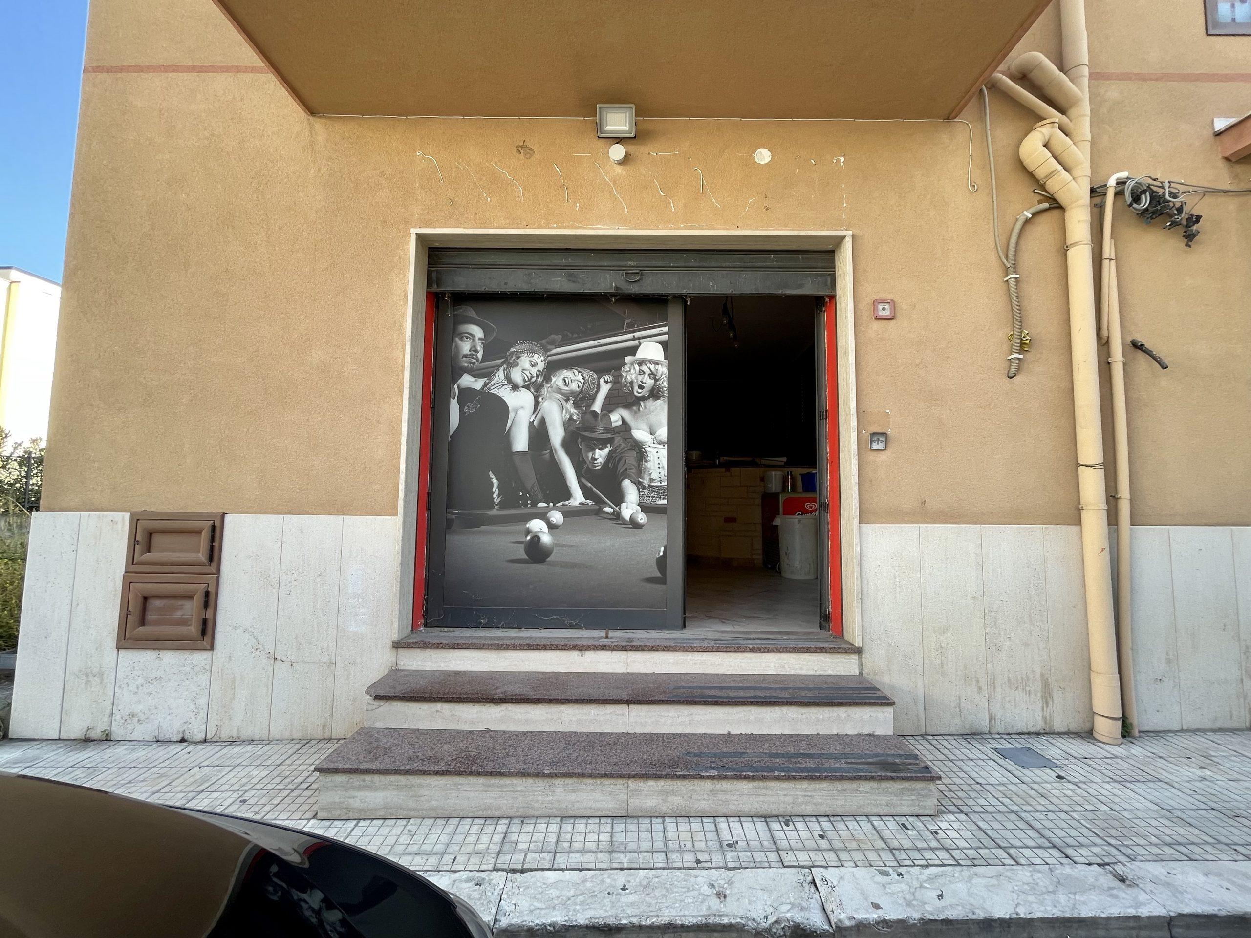 Locale commerciale a Partinico, Via Torricelli