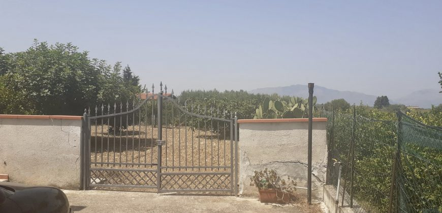 Villa a Partinico, Contrada Cicala